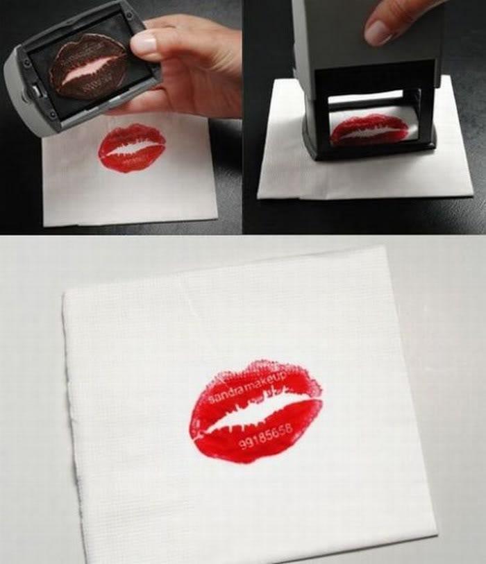 Необычно - поцелуй